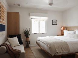 Serra hotel room