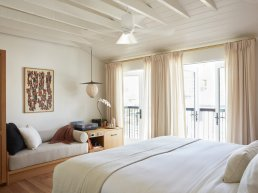 Maree hotel room