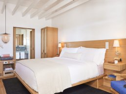 Sel hotel room